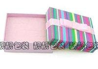 Подарочные коробки  10