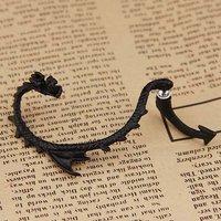 Серьги-клипсы Alchemy Gothic Dragon Earring Stud Wrap Black Dragon's Lure Ear Cuff Ear Cuff Earrings