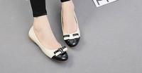 Женская обувь на плоской подошве Round head bowknot Color stitching big yards flat shoes The European code 35-43 Delivery