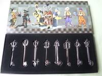 Игрушечный меч Kingdom Hearts KEYBLADE/Key Blade Sora Necklace Pendant Sword 8 pieces /set in Weapon Set