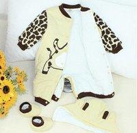 Детская одежда для девочек 2013 NEW baby children Winter Warm romper+shoes+hat Jumpsuit COW Beatles bodysuit baby clothing s28
