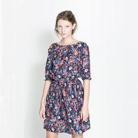 мода повседневная одежда плиссе длиной до колена, половина рукав v шеи Империя платья цветочные печати эластичные голубые летние для женщин