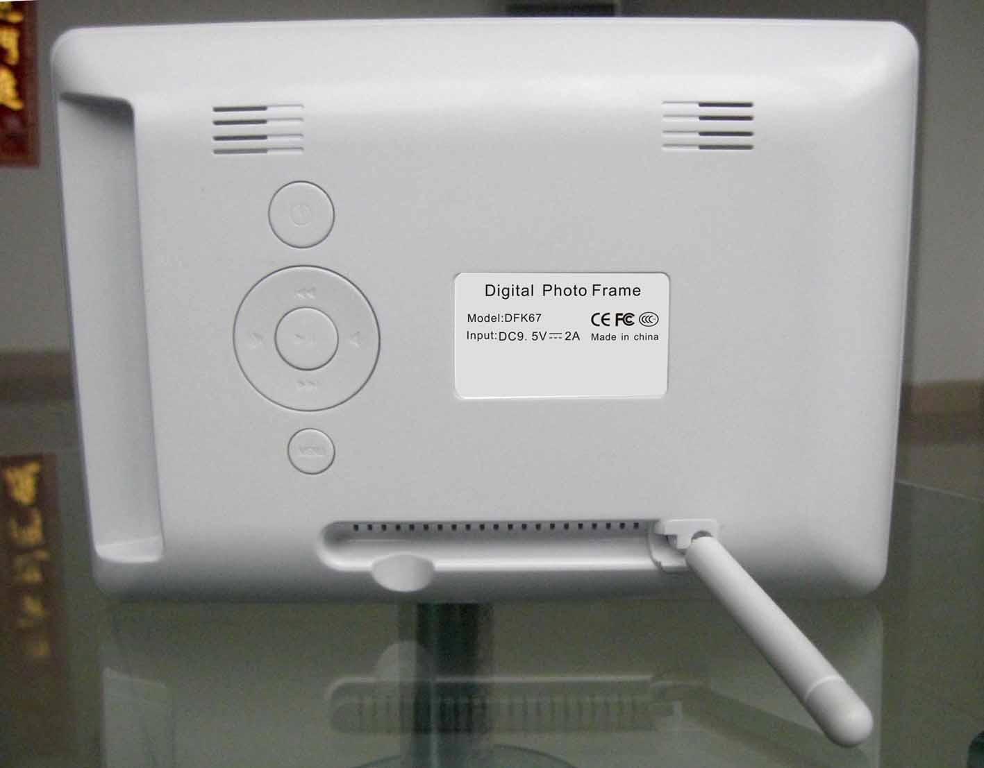 7 inch digital photo frame DFK67-CT -2.JPG