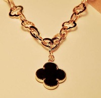 Min Order is $15(can mixed items),Fashion Luxury golden Leaf Clover Necklace,Flower pendant necklaceFreeshipping