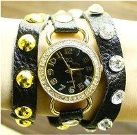 Наручные часы 2013 new dress watch vintage rivet bracelet Diamond Watch women men ladies Top Quality Quartz Watch EMSX052