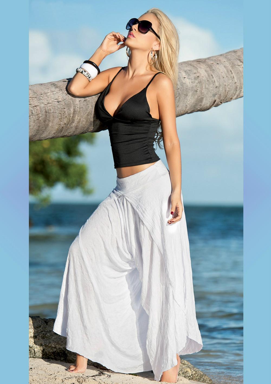 Тёлки в белых сарафанах юбках и штанишках фото 16 фотография