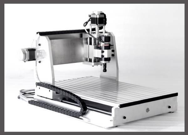 全新cnc3040工艺品雕刻机