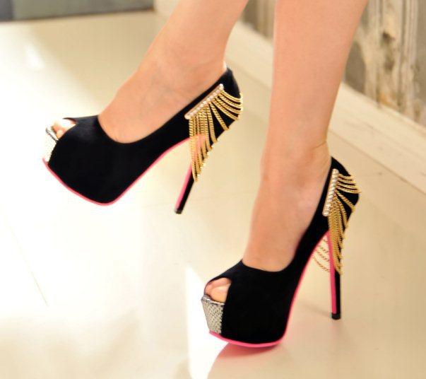 Туфли с цепочкой фото