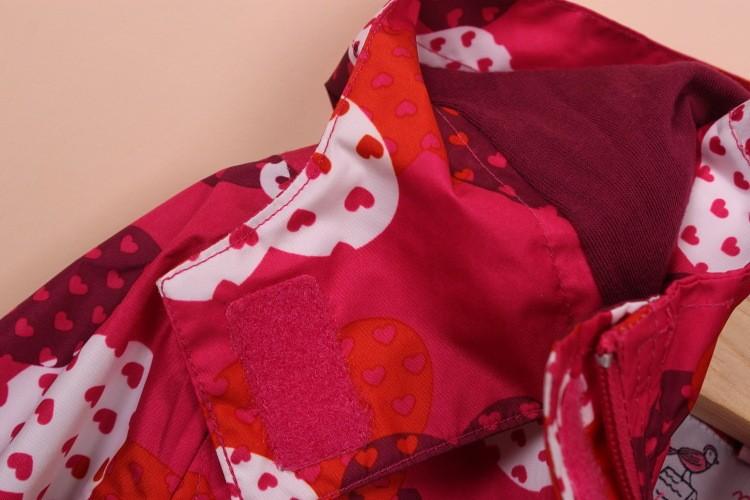 Скидки на Бесплатная доставка дети / девочек topolino капюшоном водонепроницаемость куртка ж / флисовой подкладкой, бургундия цвет w / сердца пальто ( MOQ : 1 шт. )