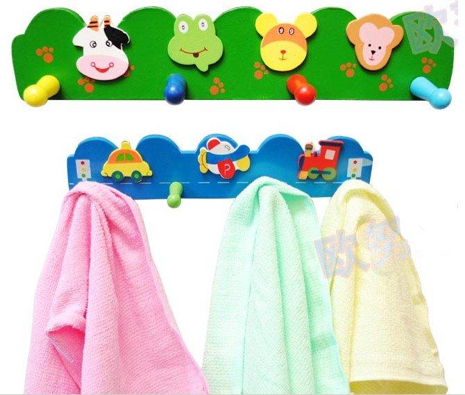 Детские крючки для одежды