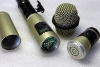 высокое качество, новый бренд, профессиональный 8 каналов 8 микрофон беспроводной микрофон системы. мульти-каналов с ручной микрофон