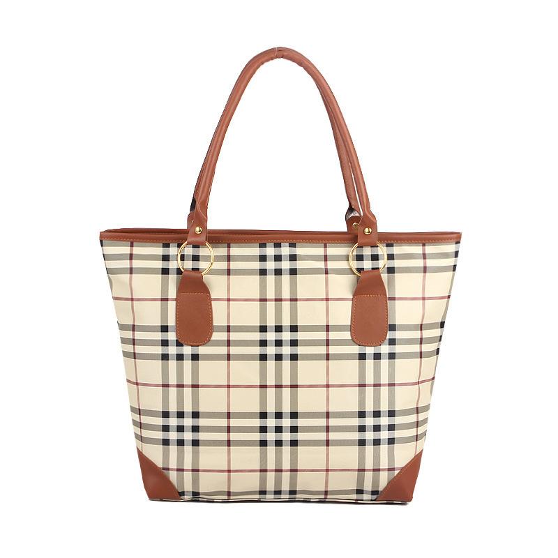 Купить женские сумки Барбери недорого, копии сумок