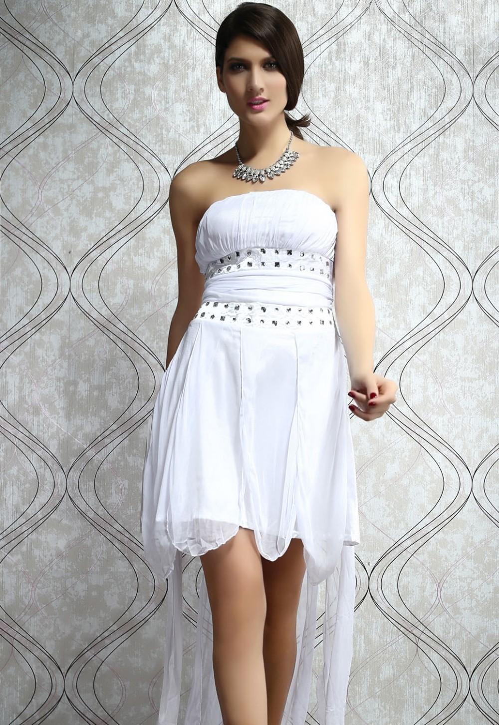 Секс в белых платьях 24 фотография