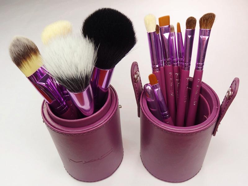 Наборы кисточек для макияжа mac