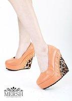 Туфли на высоком каблуке KVOLL