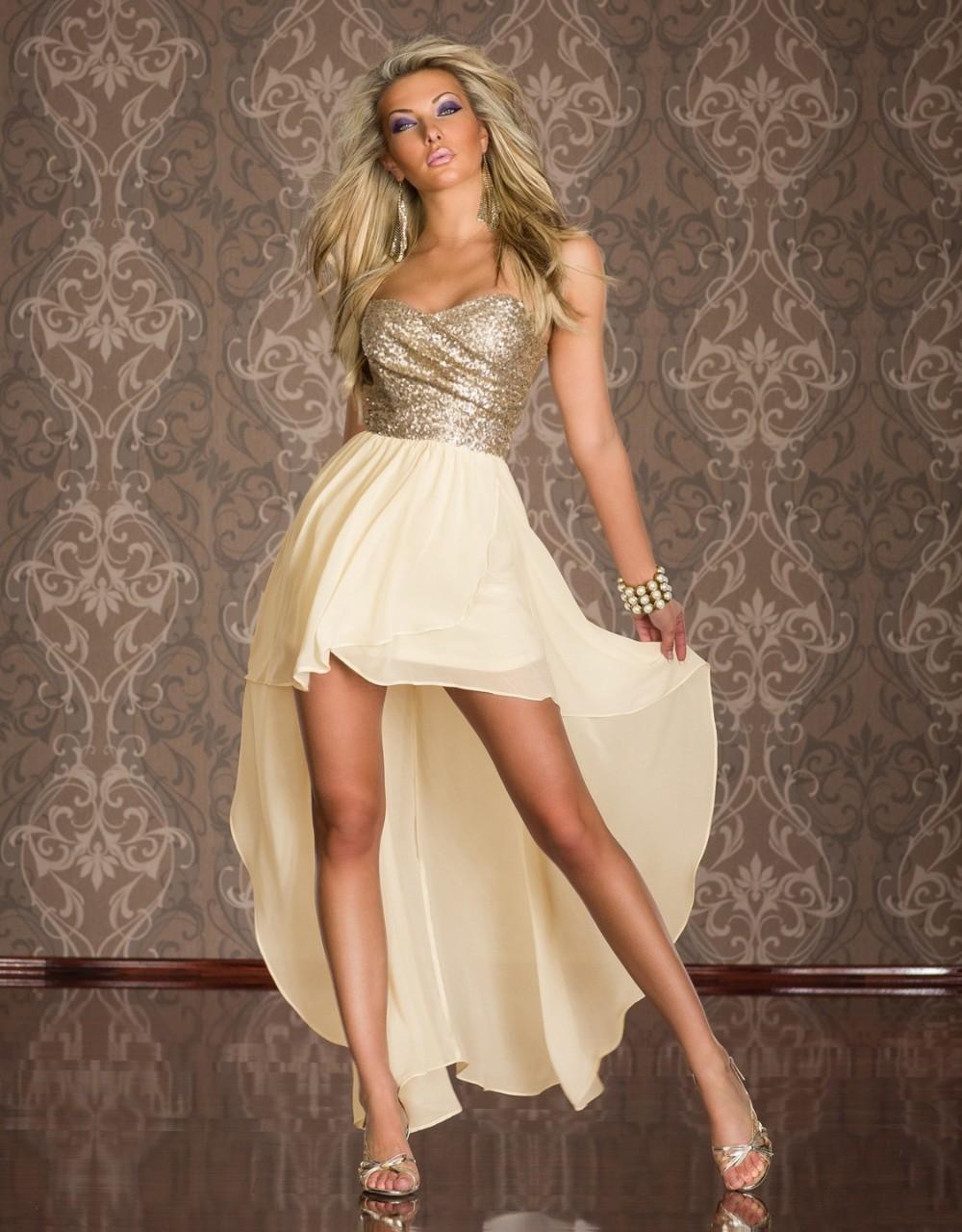 Эротика в длинном платье 20 фотография