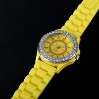 Наручные часы Charm Jelly Crystal Silicone Cuff Watch Sports Men/Lady/Girl Quartz WristWatches