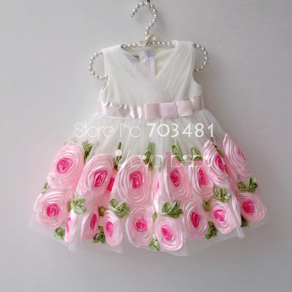 Как украсит детское платье своими руками