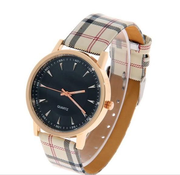 Новое мода плед кожаный ремешок часы простой стиль дизайн кварцевые часы мужчины и дамы свободного покроя часы