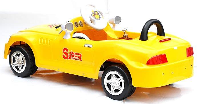 Voiture enfant/tour sur la voiture