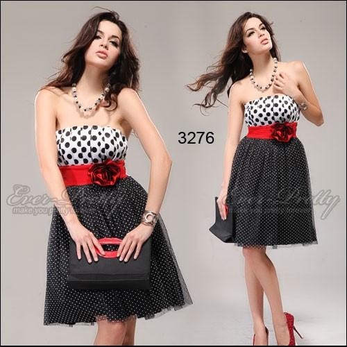 модель платья на одно плечо