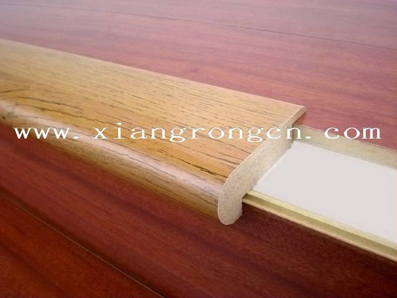 Laminate Flooring on Stairs Glue Laminate Flooring on Stair
