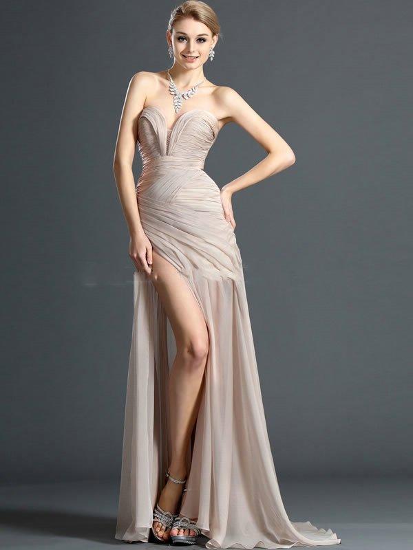 Casino royale purple dress