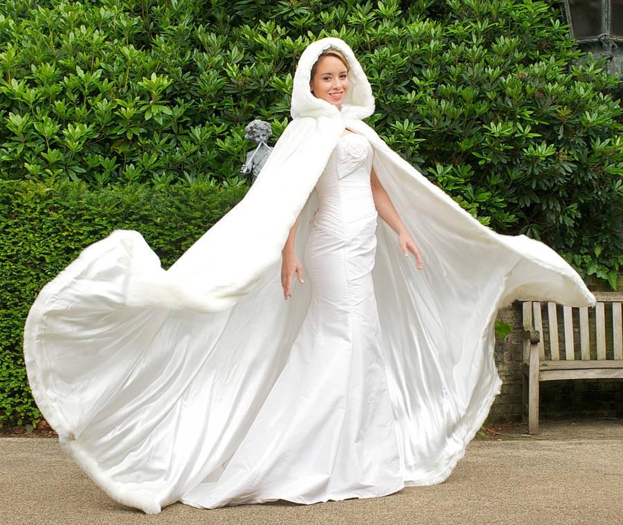 Накидка свадебному платью
