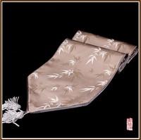 Подстилка из ткани для сервировки стола New Style Bamboo flowers Brocade Table Flag Table Runner
