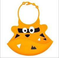 Слюнявчик для девочек Baby Silicone Bib Waterproof Pocket With Rice