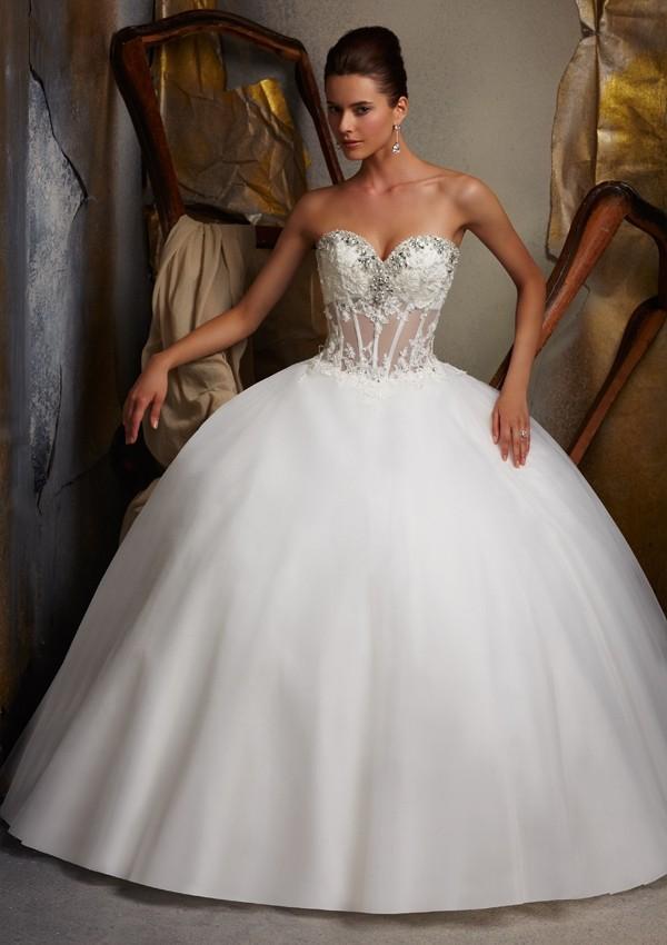 Wedding dresses: wedding dress show belly