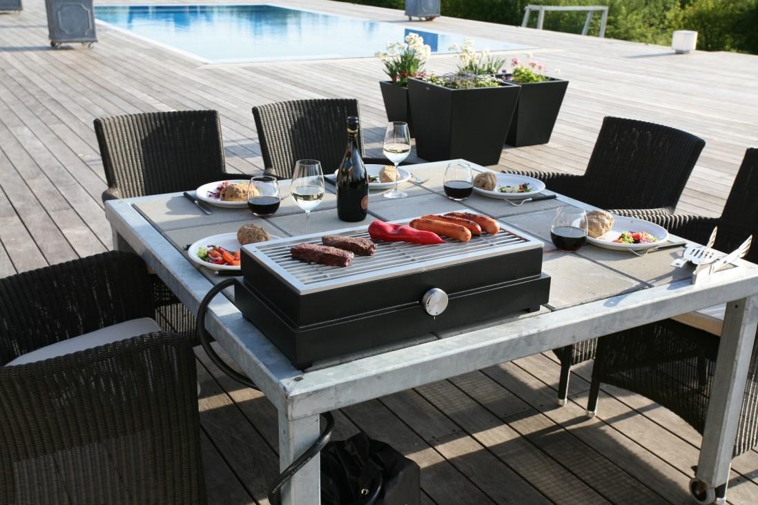 extravagant haut de gamme gril gaz bureau domicile barbecue en pierre volcanique dans. Black Bedroom Furniture Sets. Home Design Ideas