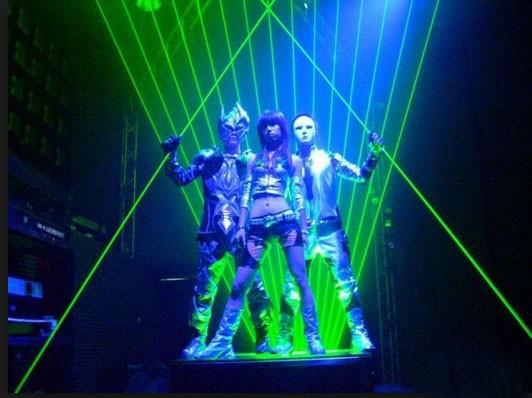 Green laser man show 1