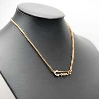 Потребительские товары Minimum order is $152013 alloy letter necklaces GM704 guessed fashion Jewelry