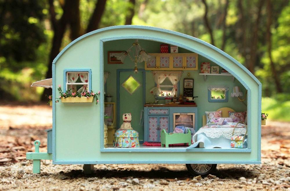 Wooden Dollhouse Miniature DIY House Model DIY Kit Little RVS Display     RVS Doll House Craft