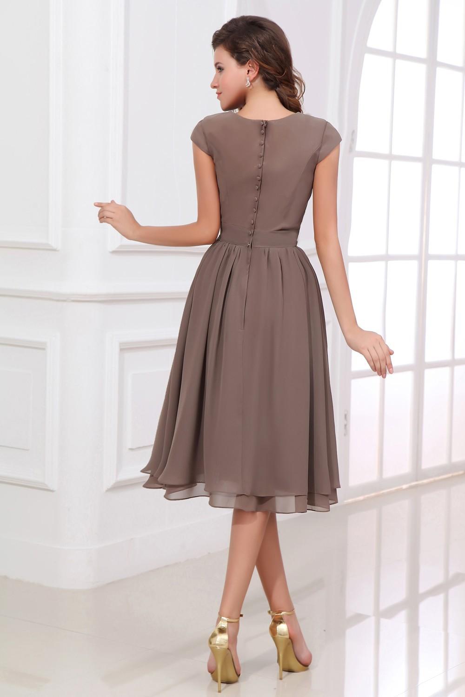 Вечерние легкие платья по колено
