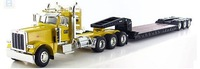 1:50 Peterbilt 389Cab w/Lowboy Trailer and Cat D8R Series II Track-Type Tractor toy