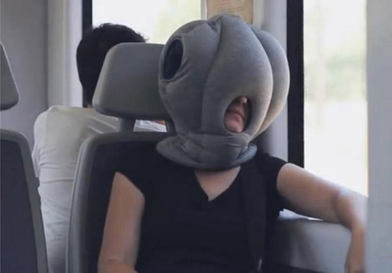 Подушка под голову для путешествий своими руками