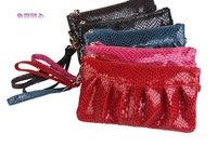 Кошелек In the spring of 2013 New South Korea pop Snake Lady Leather Wristlet Clutch Handbag mobile phone bag