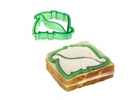Украшения для выпечки 6pcs / set New Plastic Sandwich Crust Cutter in Dolphin, Dinosaur etc animals, puzzle, and vehicle shapes