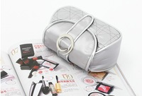 Косметичка Silvery white car suture hand bag cosmetic bag