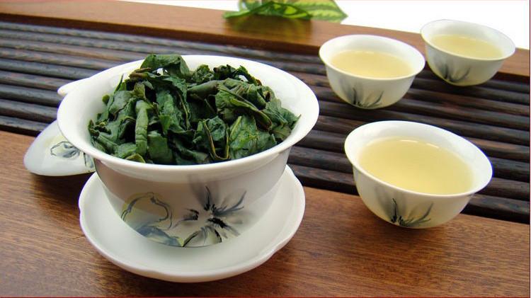 משלוח חינם! 250 גרם טייוואן Alishan הר גבוה, תה אפרסק טעם תה אולונג, Frangrant תה Wulong