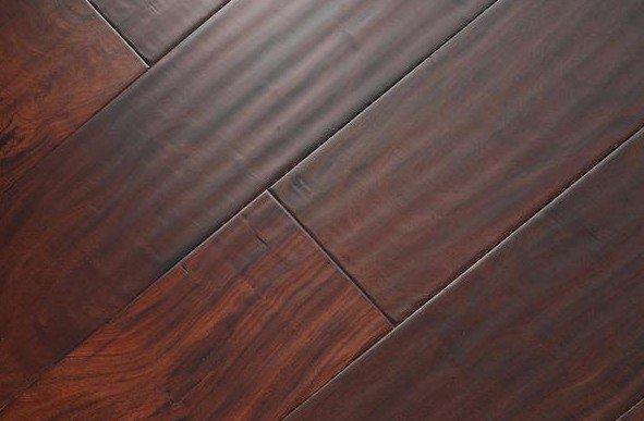 three-layer Oak hand-scraped Antique engineered solidwood flooring