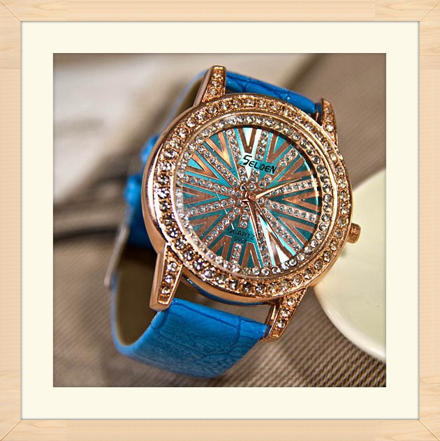 Free-shipping-New-Gift-Women-Rhinestone-Diamond-Ladies-Quartz-Wrist-Leather-Strap-Fashion-Dress-Watch