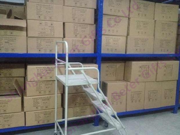 上海倍乐礼品整齐的仓库