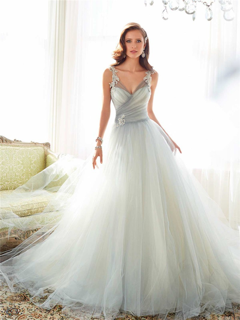 y11550_weddingdresses2015