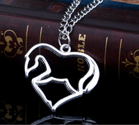 New Arrival Fashion Jewelry Shiny Silver Plated Heart Shape Horse Pendant Necklace Chain for Women Lady Wedding Party Gifts