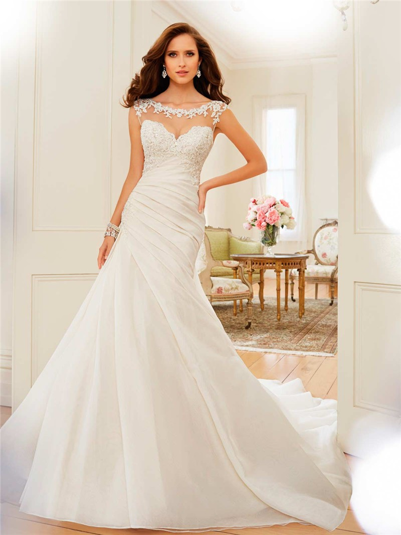 y11568_designerweddingdresses2015