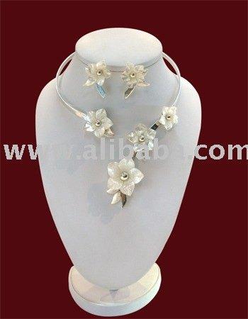 coleccion de de flores joyería nacar-Collares-Identificación del