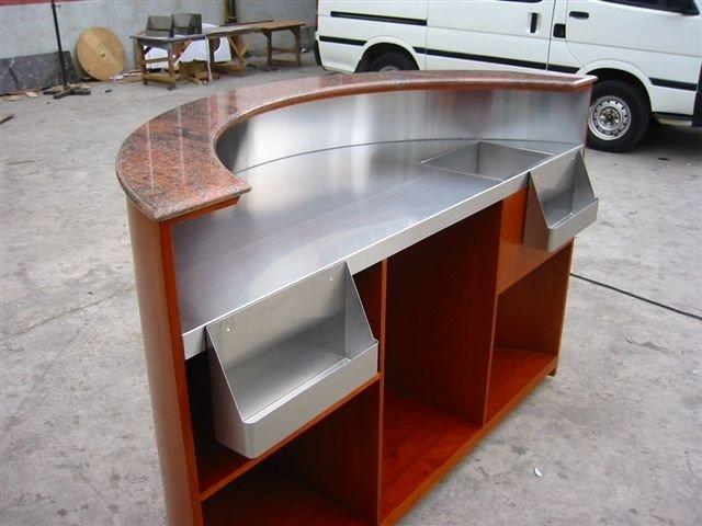 Barra m vil otros muebles bar identificaci n del producto for Bar movil de madera
